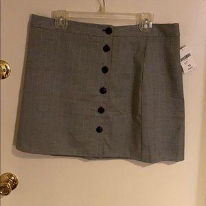 BNWT Checkered Print Mini Skirt